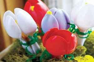 decoración con cucharas de plástico